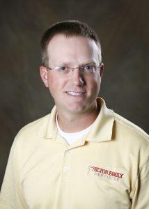 Dr. Scott Overholt